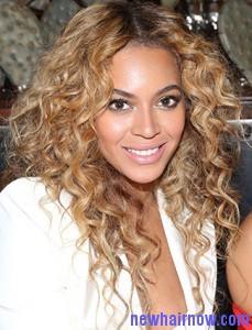 beyonce-blonde-hairstyles
