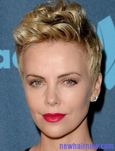 charlize-theron-blonde-hairstles
