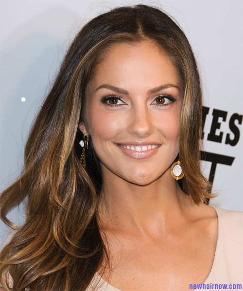 Watch - Kelly Minka hair color new pictures video