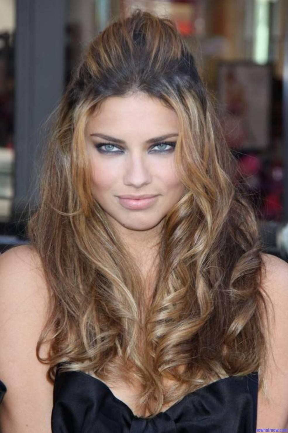 Adriana Lima New Hair Now
