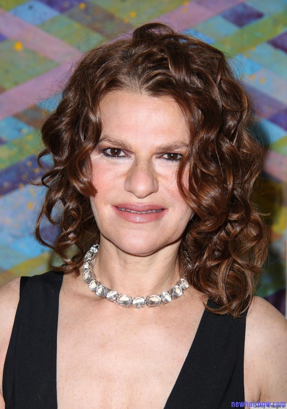 Sandra Bernhard Performs In The Hamptons