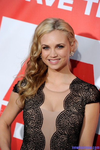 Fiona Gubelmann Medium Type Wavy Hair Style New Hair Now