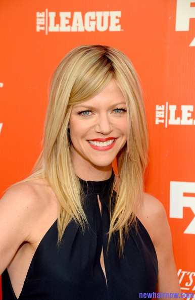Kaitlin Olson Long And Curly Straight Haircuts New Hair Now