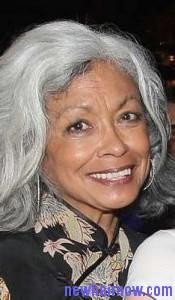 gray hair temples5