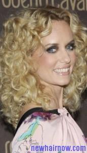 frizzy curls5