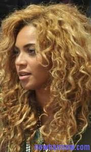 frizzy curls8