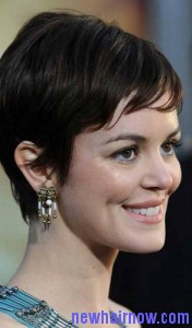 feathered short hair5